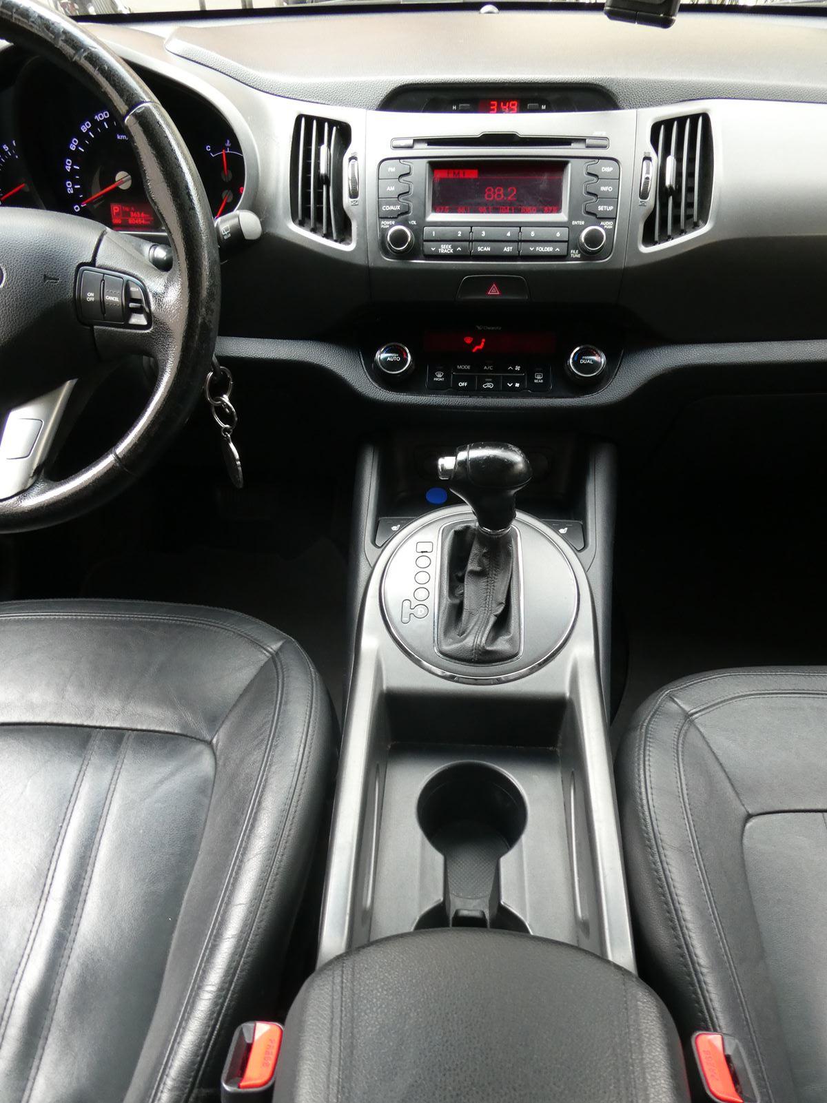 Kia Sportage 2.0 AWD Automatic 163 ch 14