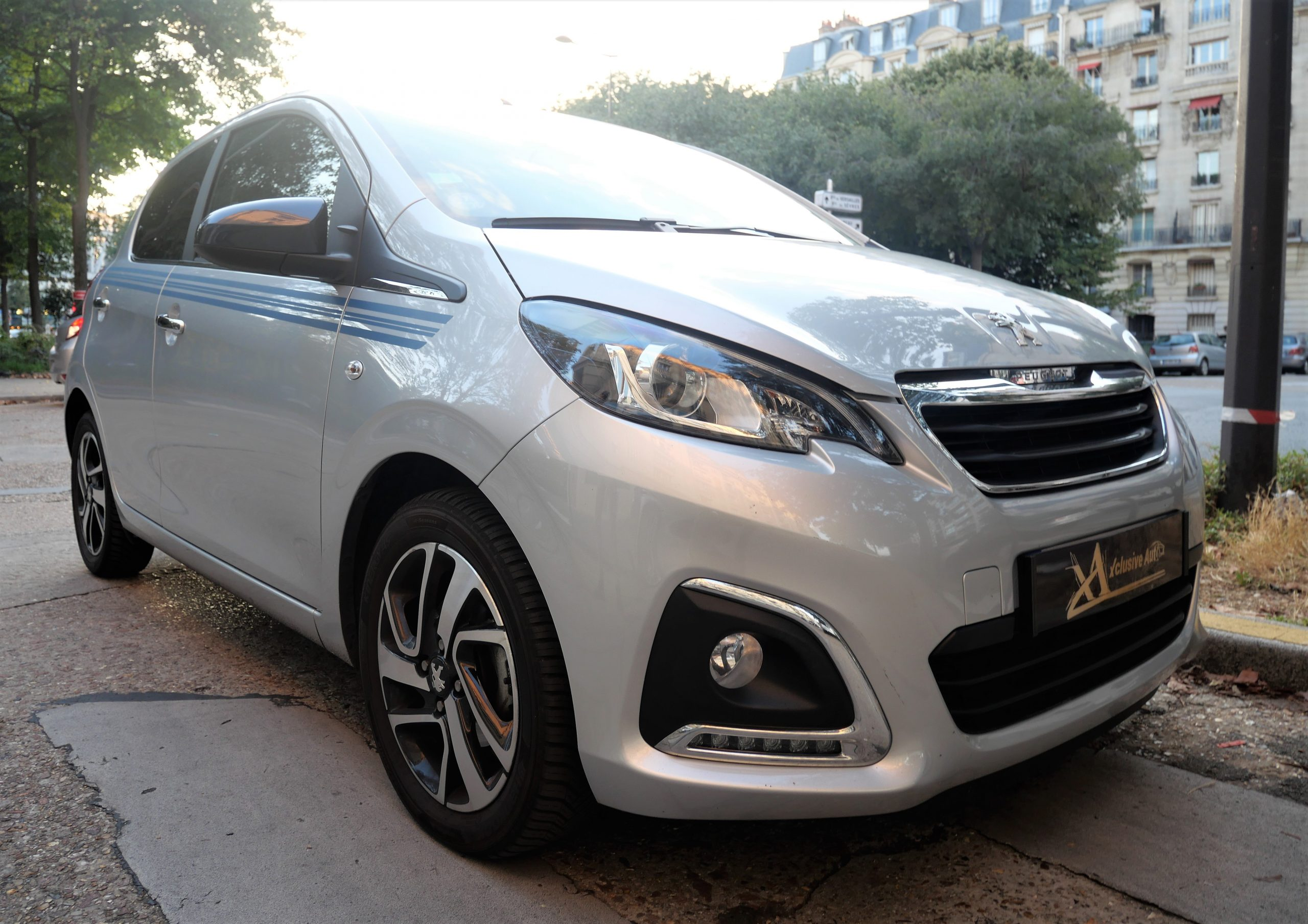 PEUGEOT 108 Collection 1.2 VTi 82 ch 6
