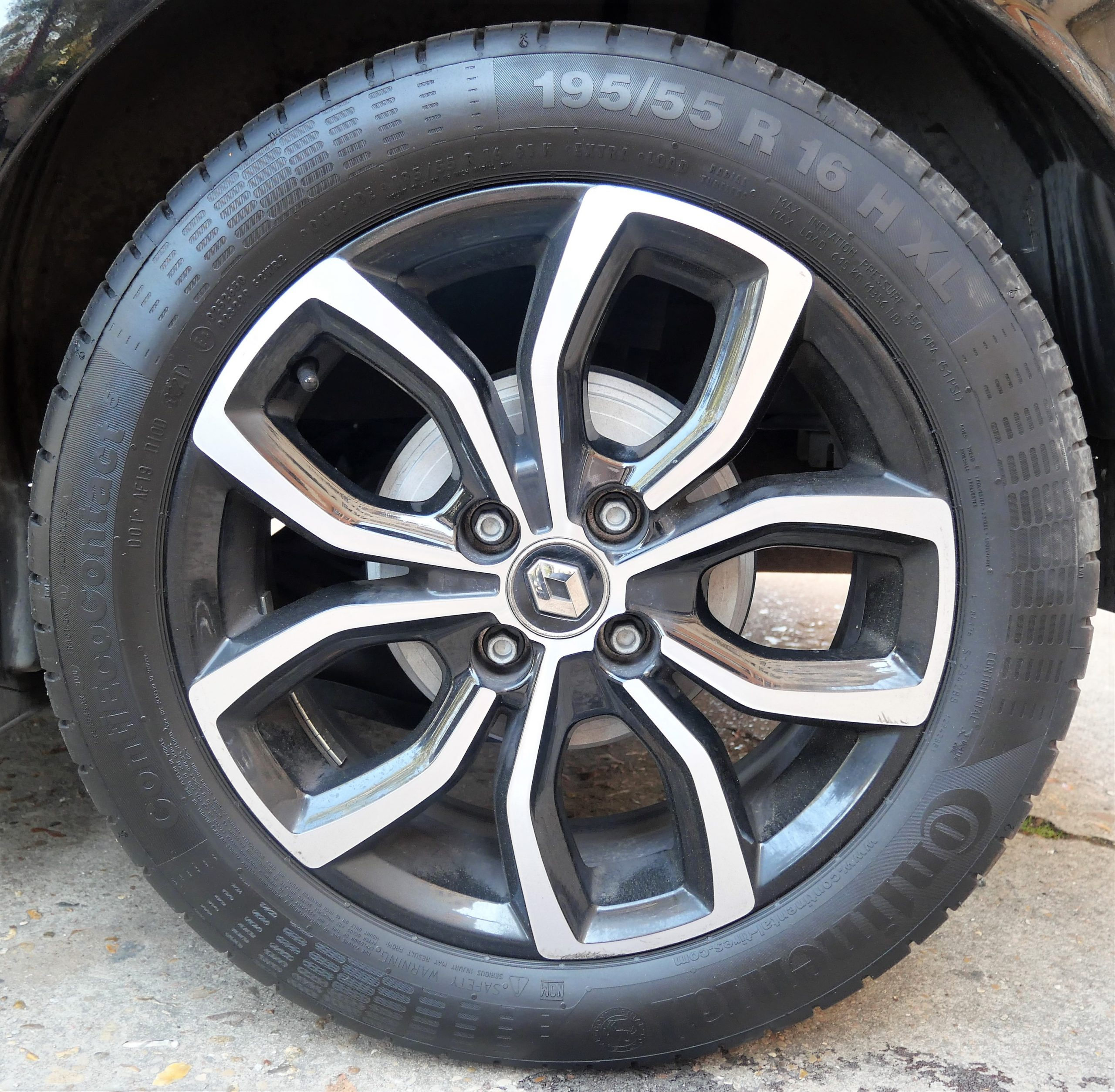RENAULT Clio IV INTENS Phase 2 0.9 TCe 90 ch 21