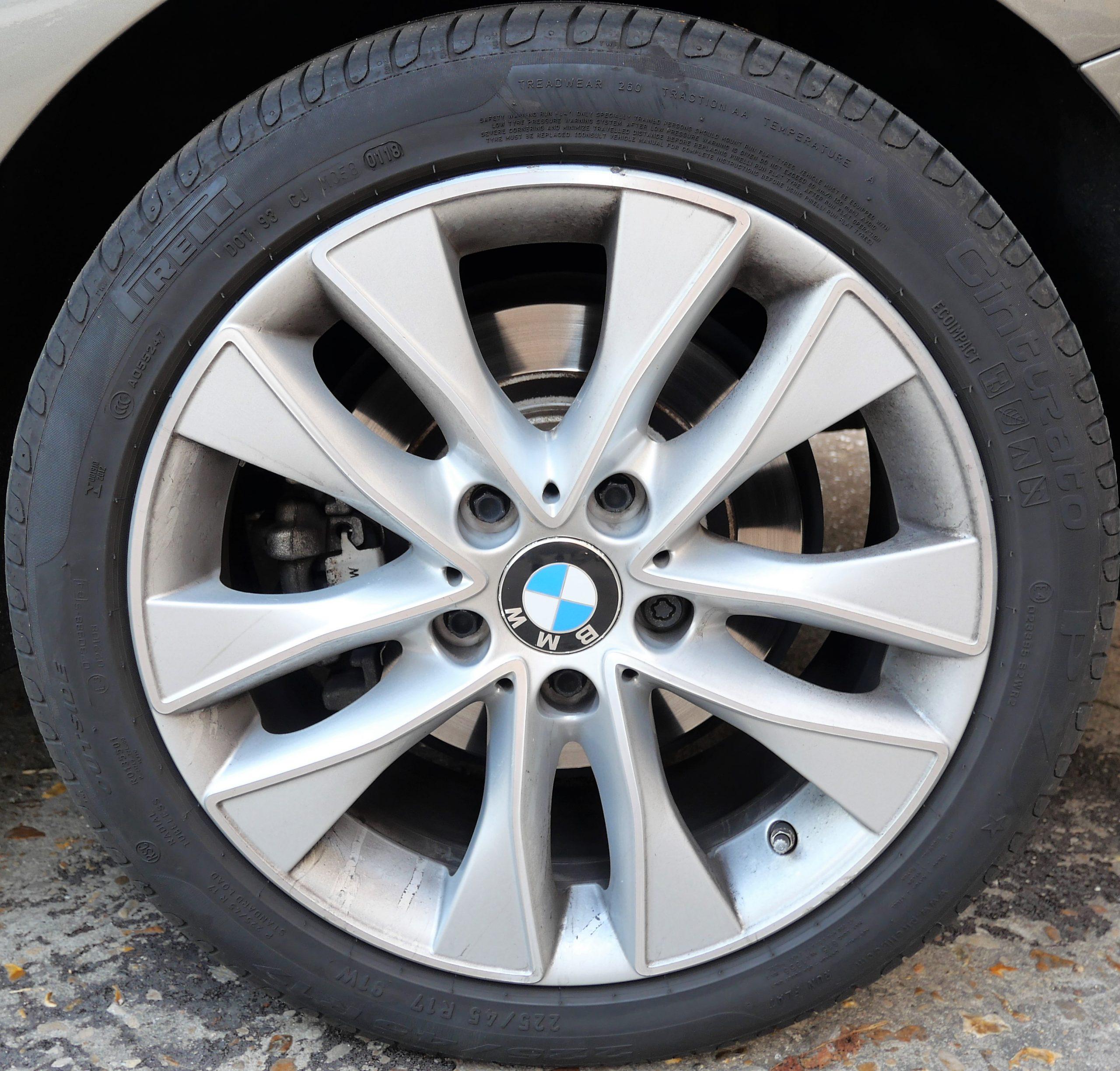 BMW Série 1 (F20) XDrive LCI 120d 2.0 d 190ch 19