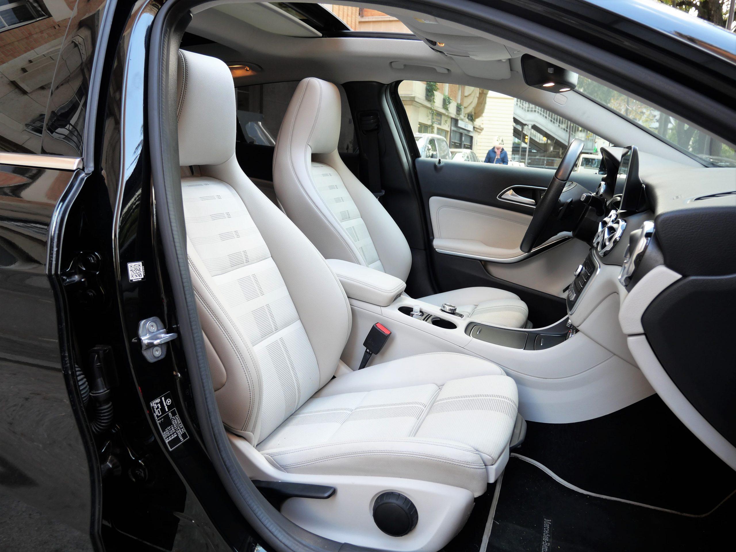 Mercedes-Benz Classe GLA 180 Sensation7G-DCT 122ch 9