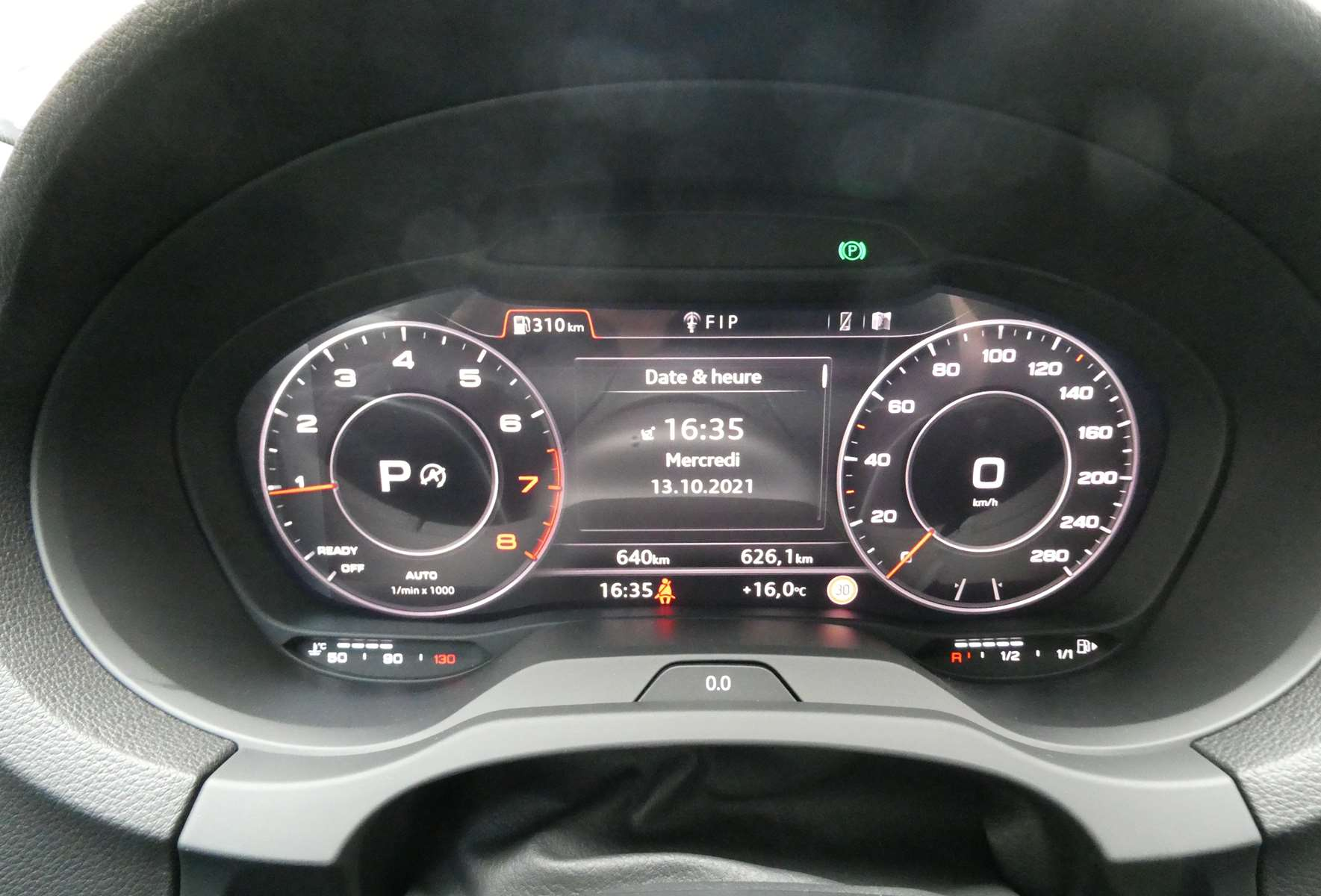 Audi A3 (2) cabriolet 35 TFSI 150 Design luxe S tronic 7 26